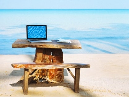 Teaching from a beach as a digital teacher nomad